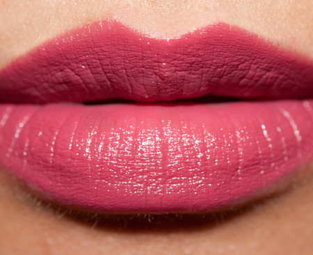 MAC-CRAVING-LIPSTICK