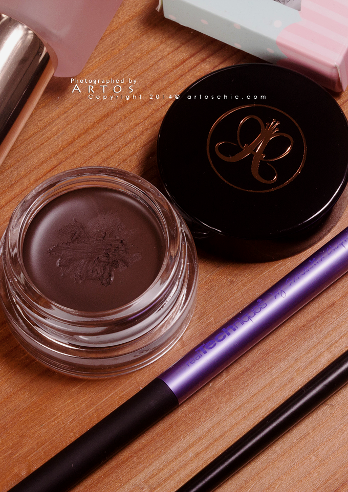 Anastasia-Beverly-Hills-Dipbrow-Pomade2