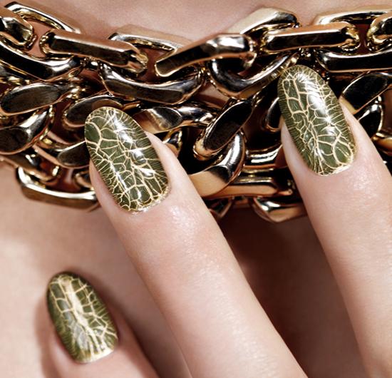 dior-crocodile-nail