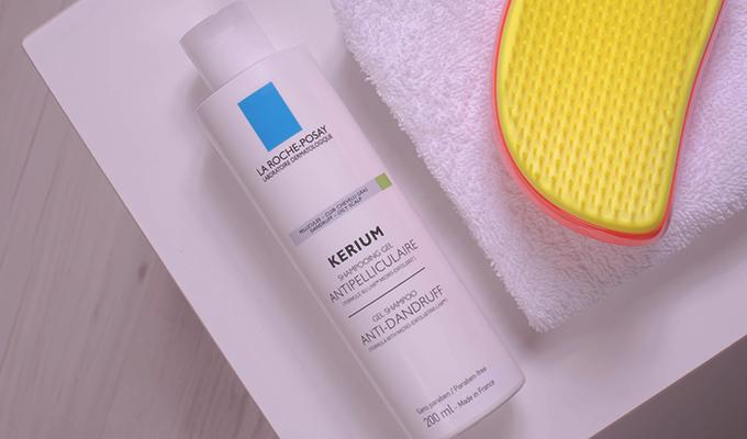 slidLa-Roche-Posay-Kerium-Gel-Shampoo---For-Oily-Scalps--
