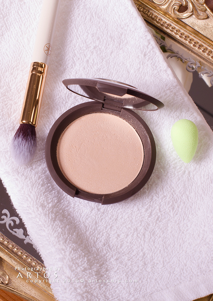 BECCA-Becca-Shimmering-Skin-Perfector-Pressed-moonstone