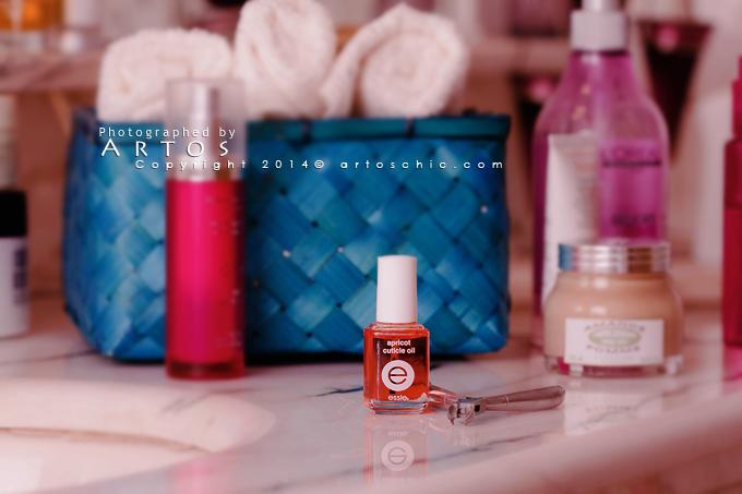 Essie-Apricot-Cuticle-Oil2