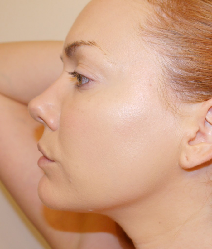 Amazonian-Clay-12-Hour-Full-Coverage-Foundation