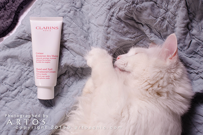 Clarins-Hand-and-Nail-Treatment-Cream--review